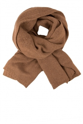 Fine knitted scarf Sam | brown
