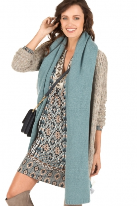 Fine knitted scarf Sam | blue