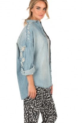Destroyed denim blouse Emira | Blauw