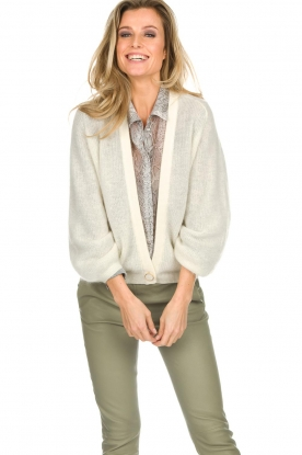 Dante 6 |  Knitted cardigan Sarina | white