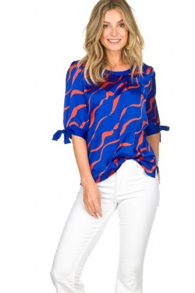 Dante 6 |  Satin top with bow cuffs Marble Print | blue