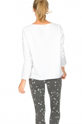 Juvia   Sweatshirt Sue   wit