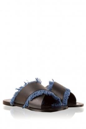 Antik Batik | Leren slippers Alba | blauw