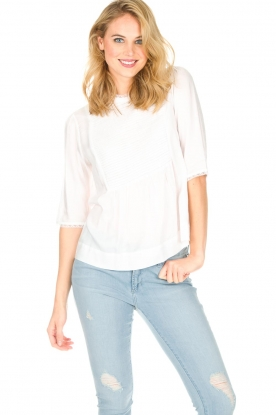 Ruby Tuesday   Top Veera   wit
