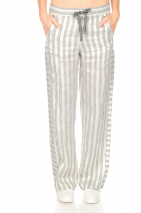 Ruby Tuesday |  Striped pants Nis | grey & white