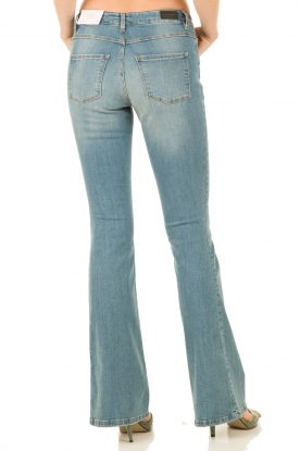 Flared jeans Romy lengtemaat 34 | lichtblauw