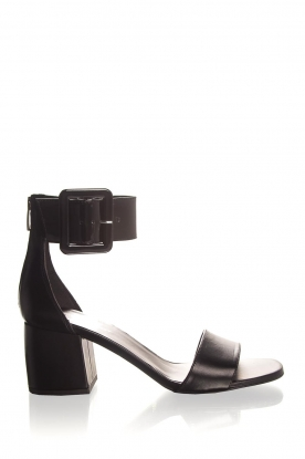 Janet & Janet | Leather sandals Dafne | black