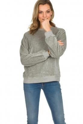 American Vintage   Fluwelen trui Isacboy   grijs