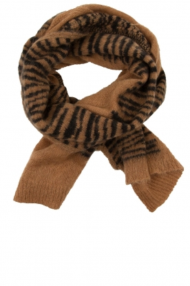 Essentiel Antwerp |  Scarf with print | brown