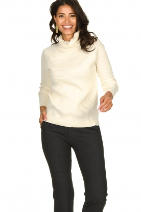 Blaumax | Knitted turtleneck sweater Lena | natural