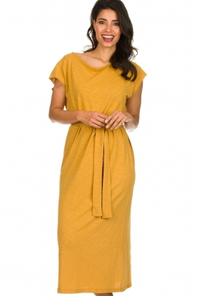 American Vintage |  Dress with matching belt Bysapick | yellow