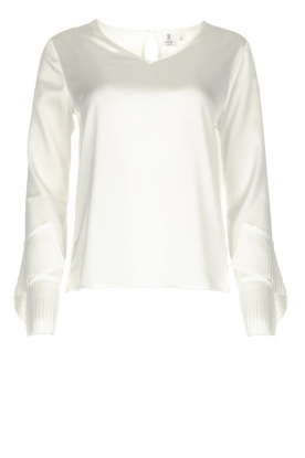 Knit-ted |  Top with plisse sleeve ends Loic | white