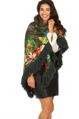Katherina Loretta |  Poncho with floral print Joy | green