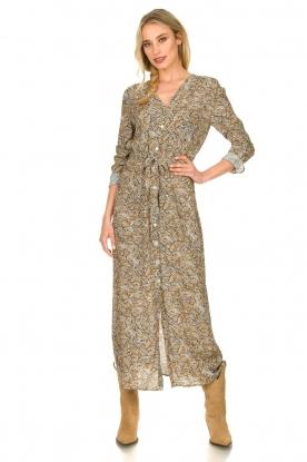 Knit-ted | Maxi jurk met print Riley | bruin