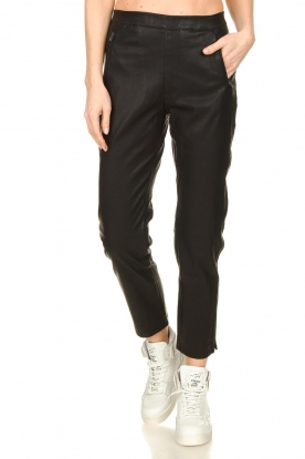 Knit-ted |  Faux leather leggings Merle | black