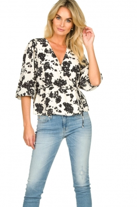 Notes Du Nord |  Printed wrap top Orchid | white