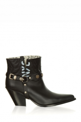 Toral |  Leather ankle boots NYC | black
