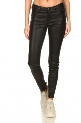 STUDIO AR BY ARMA |  Leather stretch pants Issie | black