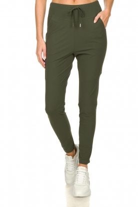 D-ETOILES CASIOPE |  Wrinkle-free stretch pants Guet | green