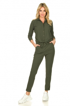 D-ETOILES CASIOPE |  Wrinkle-free stretch jumpsuit Tiamo | green