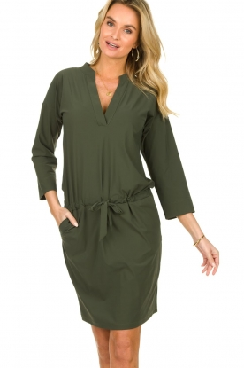 D-ETOILES CASIOPE |  Wrinkle-free stretch dress Topaze | green
