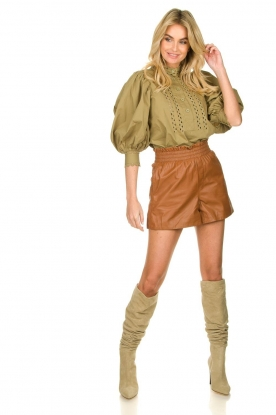Look Brown leather short Feast