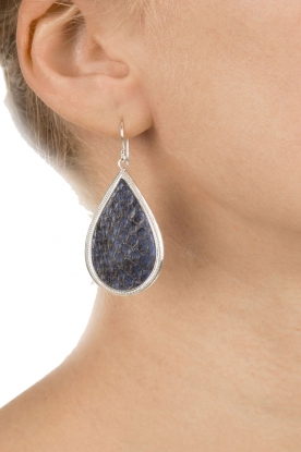 Close to Zen | Zilver met leren oorbellen Little Tears Of Joy | blauw