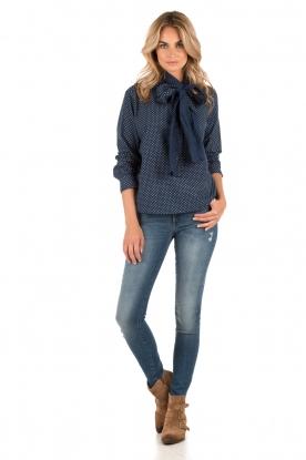 Leon & Harper | Bow-tie blouse Camille | blauw