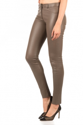 Lamb leather stretch pants Brandice | taupe