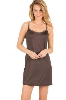 Hanro |  Chemise Greta | dark brown
