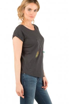 Leon & Harper | T-shirt Tova | zwart