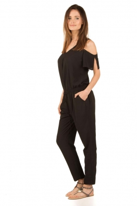 Aaiko | Off-shoulder jumpsuit Paili | zwart