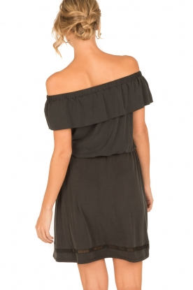 Aaiko | Off-shoulder top Malia | zwart