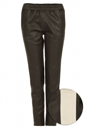 Suite 22 |  Leather pants with racing stripe Hudson | black
