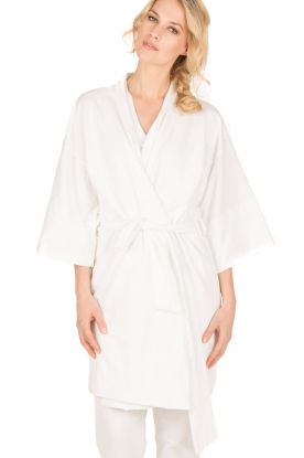 Sunday in Bed |  Kimono Hillarry | white