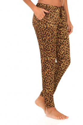 Love Stories | Loungebroek Leopard Avocado | groen