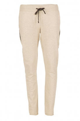 Juvia |  Sweatpants Yentl | white