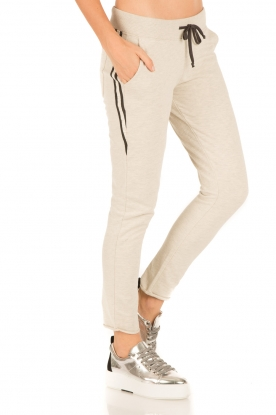 Juvia | Sweatpants Yentl | wit