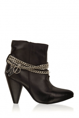 NIKKIE |  Leather ankle boots Chain | black