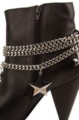 NIKKIE | Leren enkellaarzen Chain | zwart