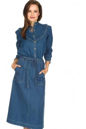 Leon & Harper | Denim blouse met ruches Cognac | blauw