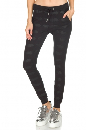 Zoe Karssen | Sweatpants Bat | zwart
