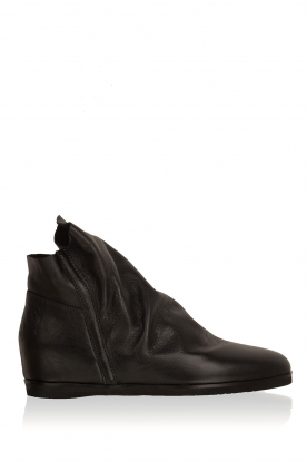 Maluo |  Leather wedge ankle boots Saba | black