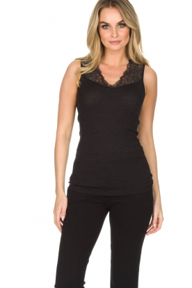 Hanro |  Top with lace Lillian | black