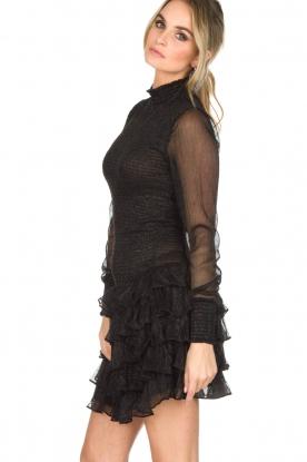 NIKKIE | Metallic jurk Reaghan | zwart