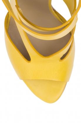 Noe | Leren pumps Nabile | geel