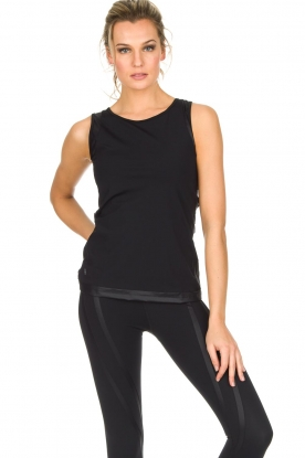 Nunu |  Sport top | Black