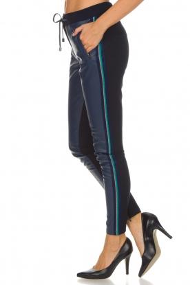 Aaiko | Imitatieleren broek Sosa | blauw