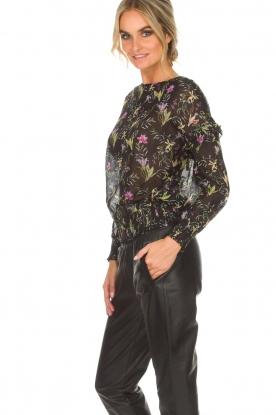 Aaiko | Top met bloemenprint Fianna | zwart