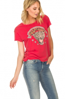 Set | T-shirt Wild Spirit | rood